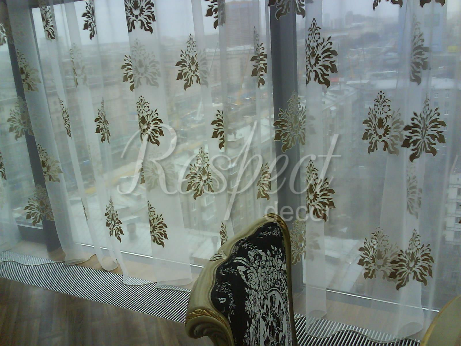 Тюль на панорамное окно